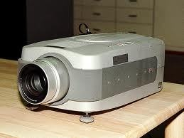 古いプロジェクターイメージ1.jpeg
