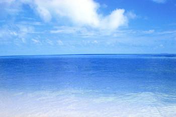 青い海.jpeg